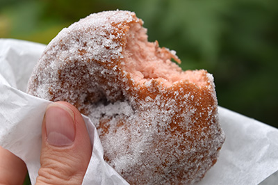strawberry-donuts-400.jpg