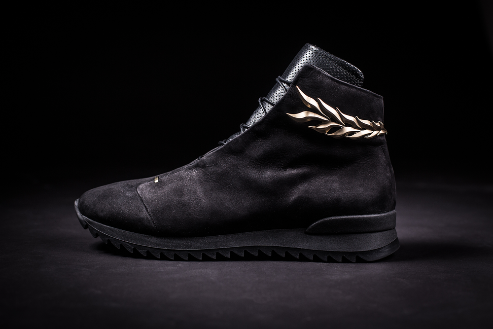 Uomo-D'oro-Sneaker-Handcrafted-in-Italy.png
