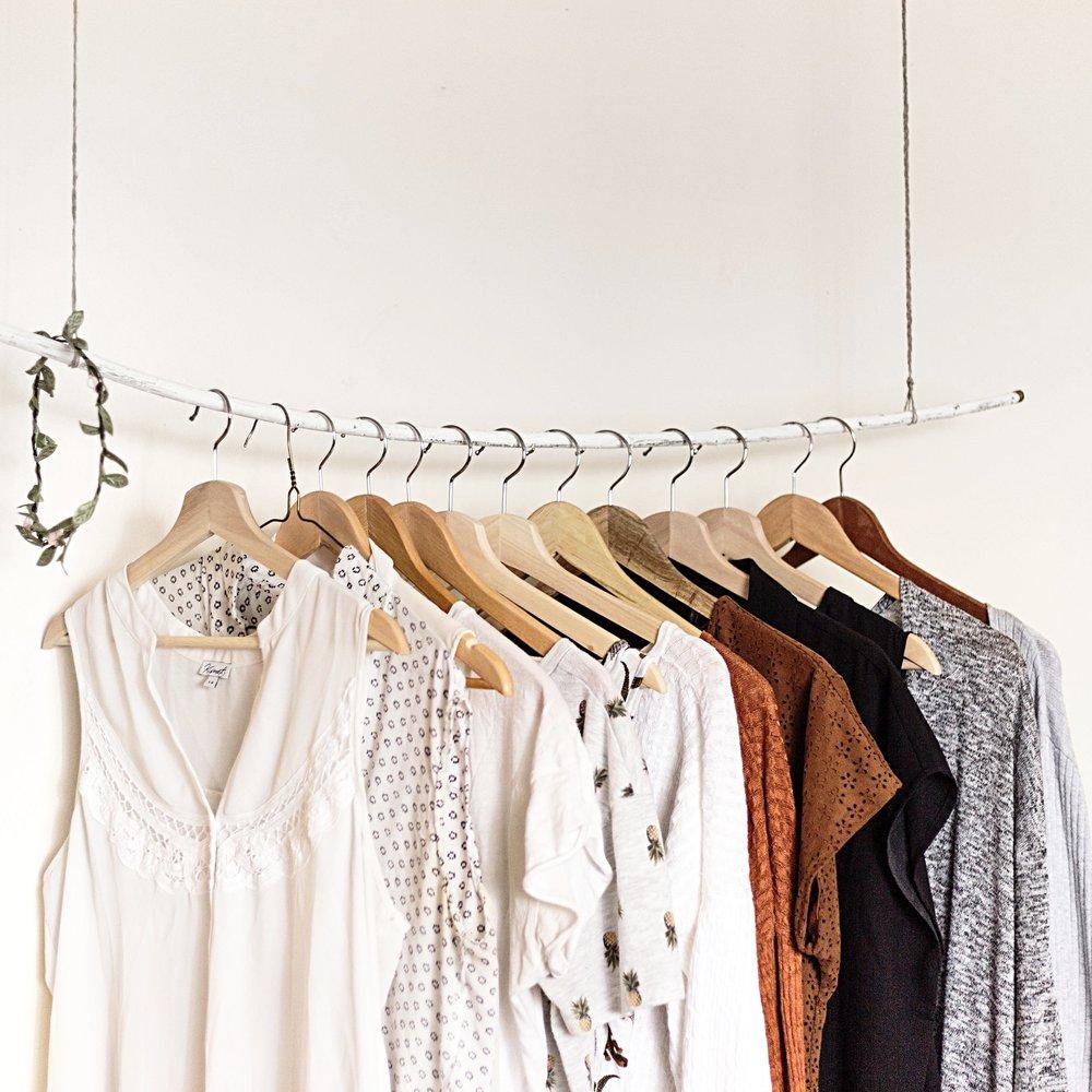 minimalist-clothing-closet-declutter-organizer-charleston-sc