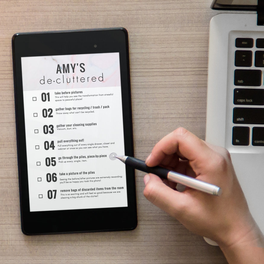 personalized de-cluttered checklist on ipad