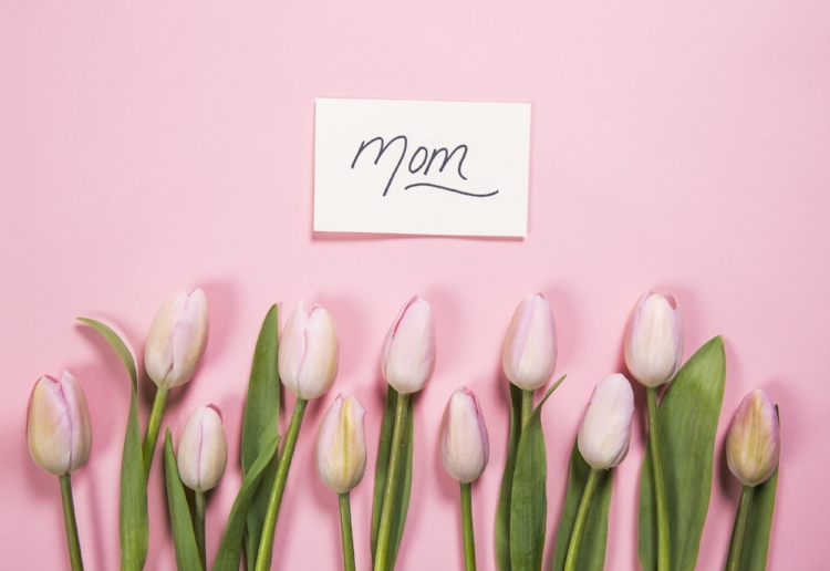 pink flowers for mom
