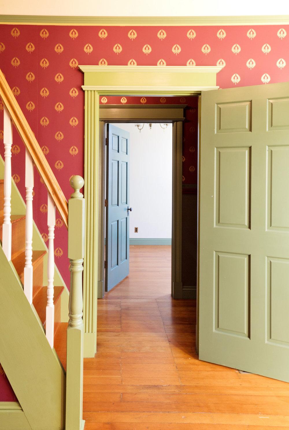 frontroom5.jpg