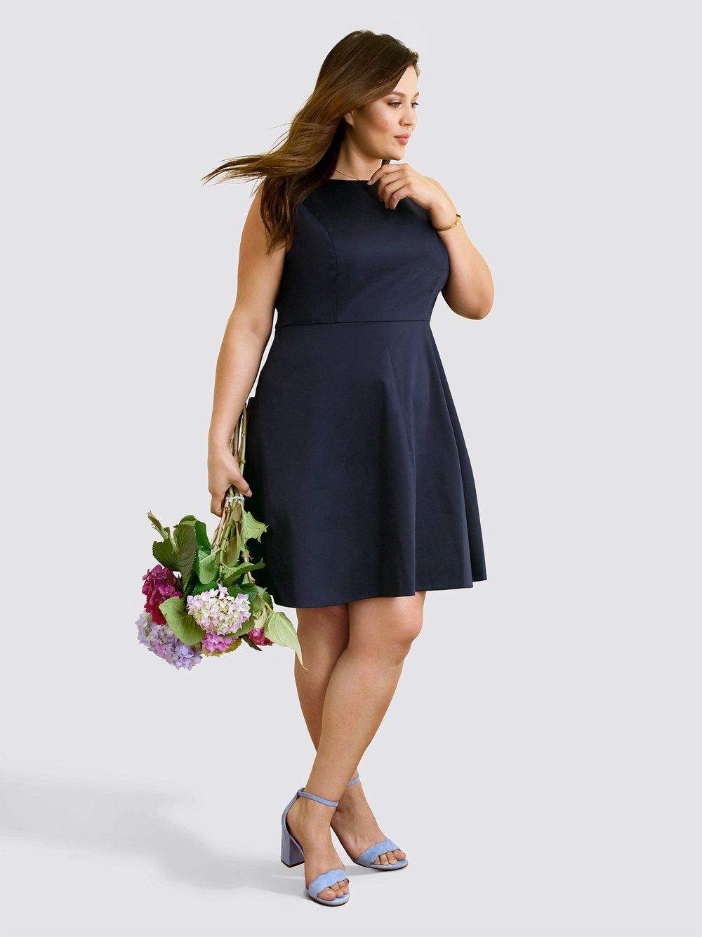 Draper James , Sleeveless Love Circle Dress, $125