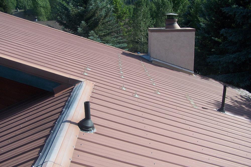 Roofing - Metal Avon 3629.JPG