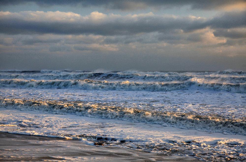 4 Barry_Greff_LitWaves_Ocean_Views.jpg
