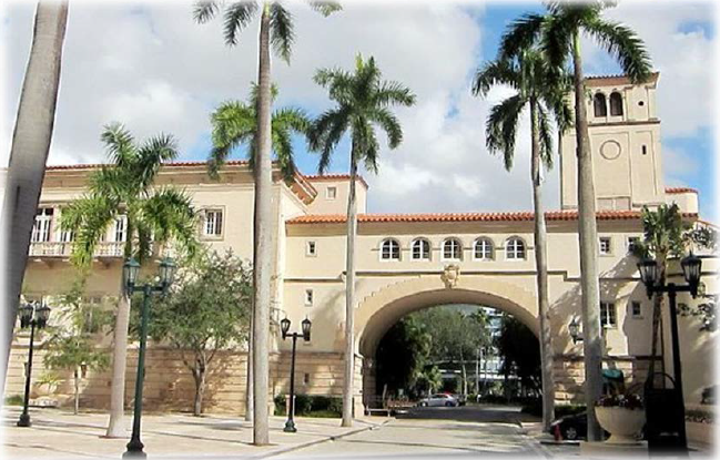 Douglas Entrance