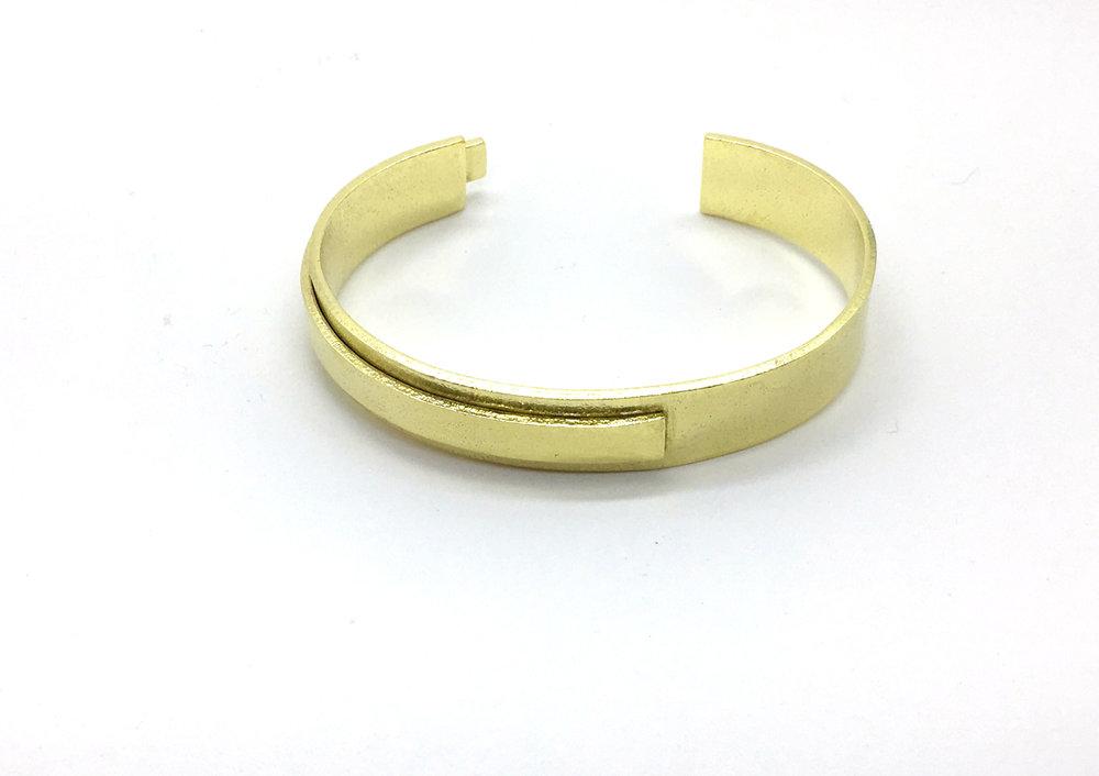 brass bracelet 2.jpg