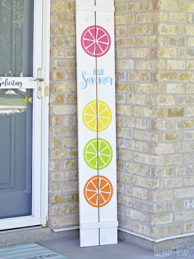 Cricut Summer Project Hello Summer Sign by Happy Scraps
