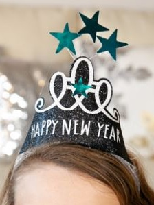 Best Cricut Projects-New Years Hats-Grog Princw Paperie.JPG