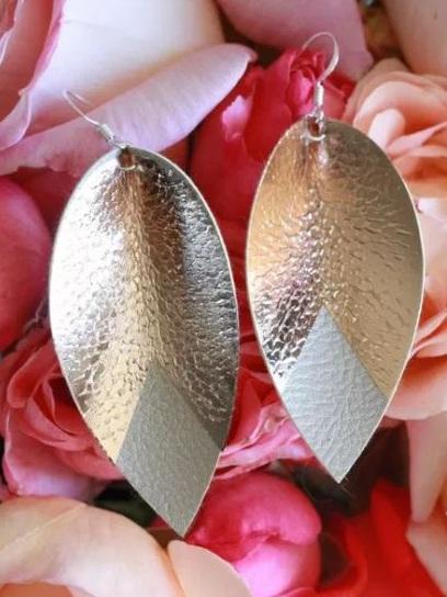Best Cricut Projects-faux leather earrings-Everyday Jenny.JPG