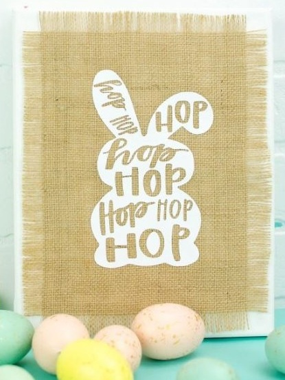 Best Cricut Projects-Bunny canvass-A little craft in your day.JPG