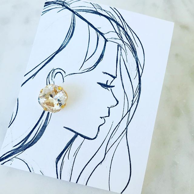 Pretty things @thefrenchmermaidnyc #melsys #melsysillustrations #fashionillustration #art #nycillustrator #boston #bostonillustrator