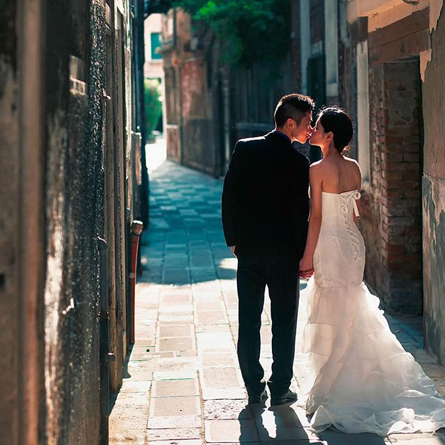 #Romantic #wedding in #venice with stunning #brideandgroom X&S thank you for sharing your special #celebrationoflove