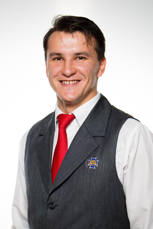 ПІДГОРНИЙ Назар Валерійович - вчитель природничих наук, куратор 6 класуМає сертифікати TACTICAL MEDICINE , CIVIL MEDICINE (Basic life support)