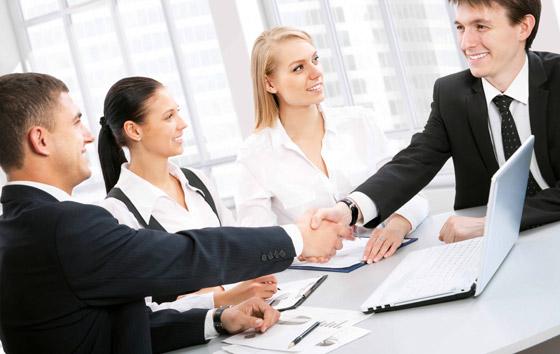 Питання підбору кадрів - є питанням номер один у всіх сферах діяльності.Кваліфікованих працівників нам постачають наші партнери, які є найкращими у своїх сферах. -