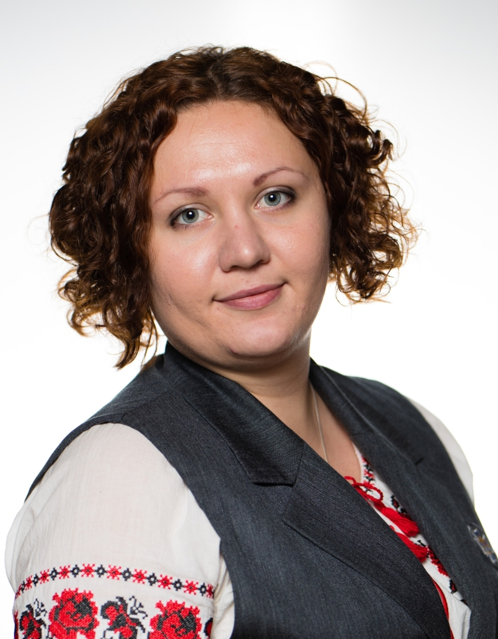 ПОТАПЧУК Юлія Олегівна - вчитель початкових класів, куратор 2 класуМає сертифікат з упровадження нового Державного стандарту початкової освіти