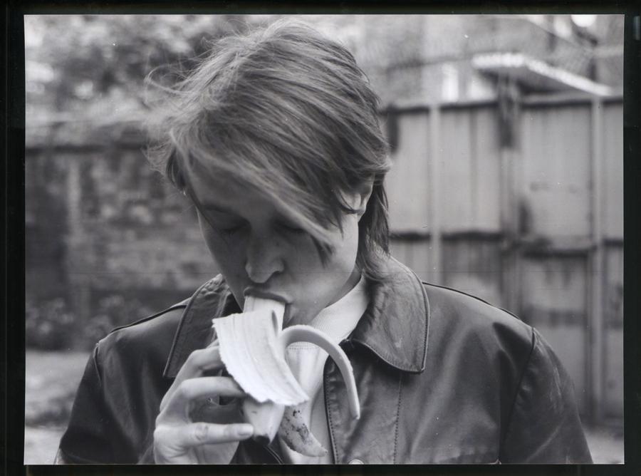Lot 4: Sarah Lucas - Eating a Banana (for Grenfell)