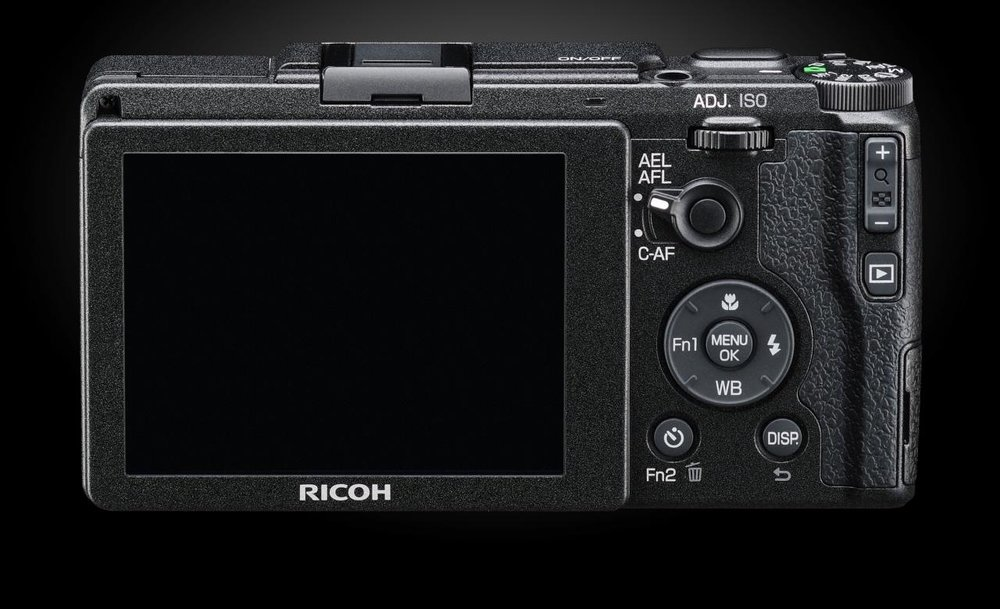 Ricoh-GRII-Screen-Cameraplex.jpeg