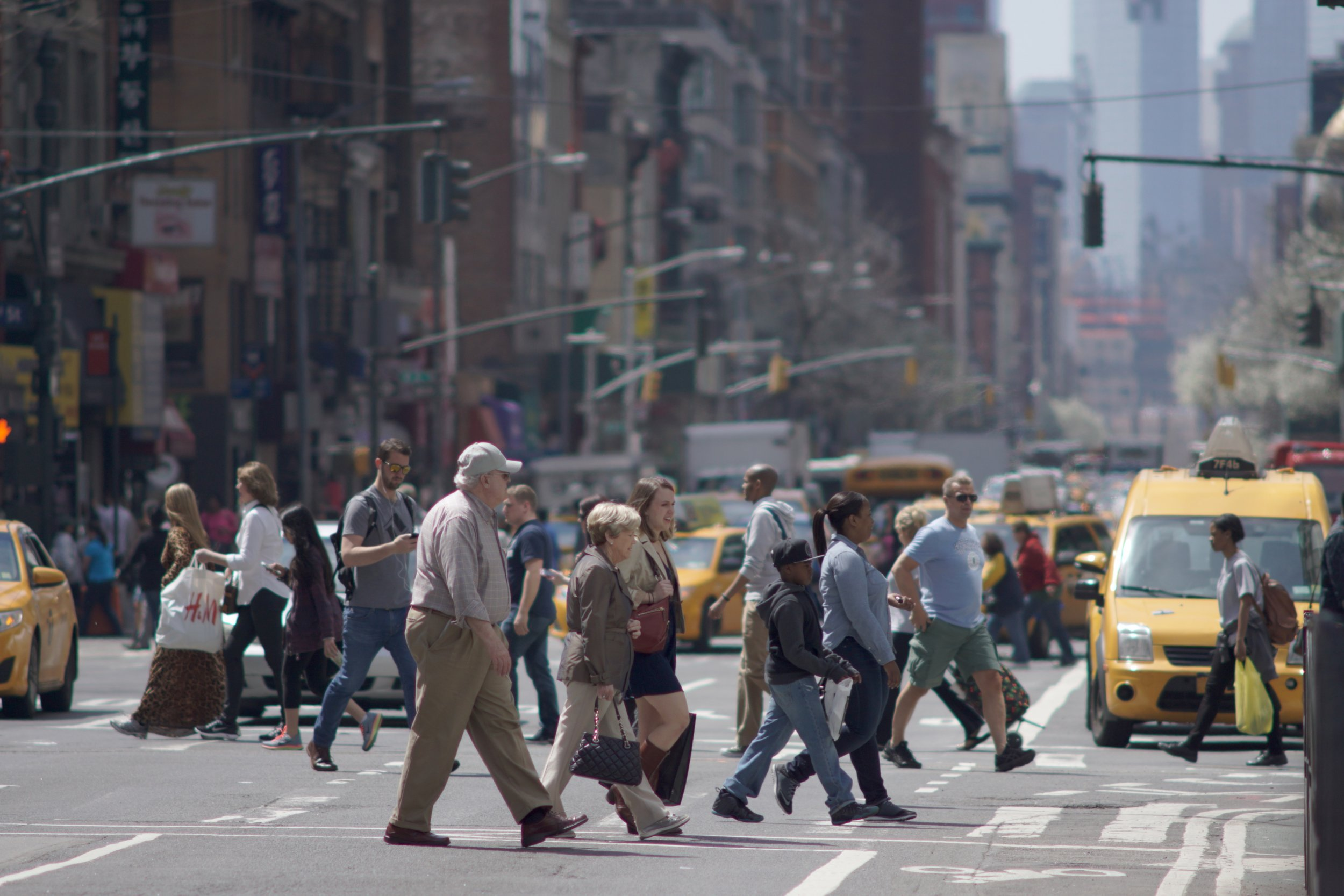 Street Photography with A Telephoto Lens, pedestrians in crosswalk