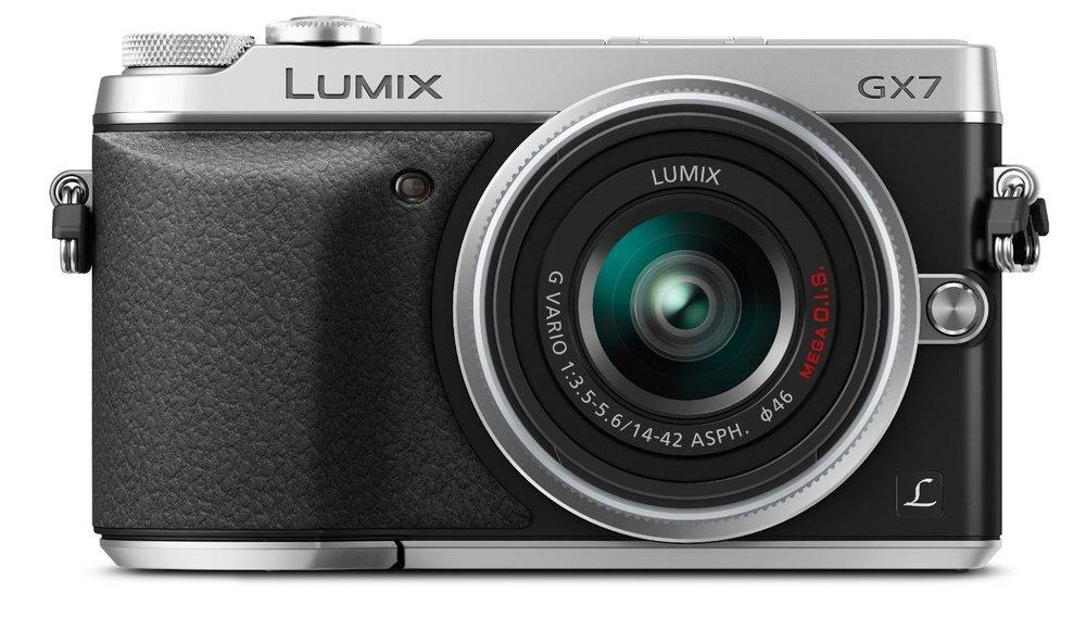 Panasonic LUMIX GX7 | $589.99