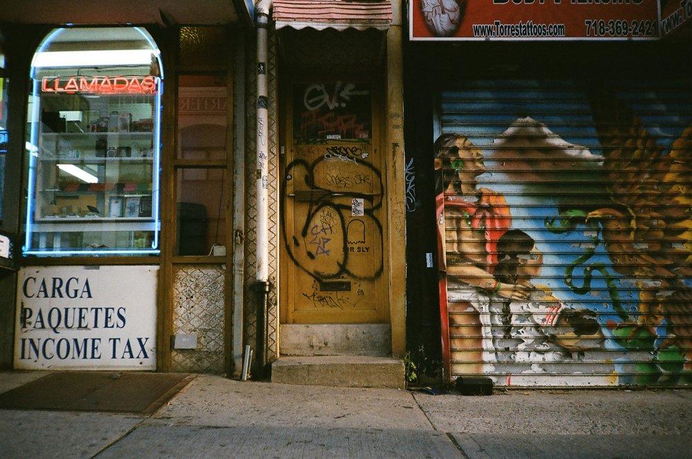 cameraville_olympus_xa_rangefinder_new_york_thanksgiving_2.JPG