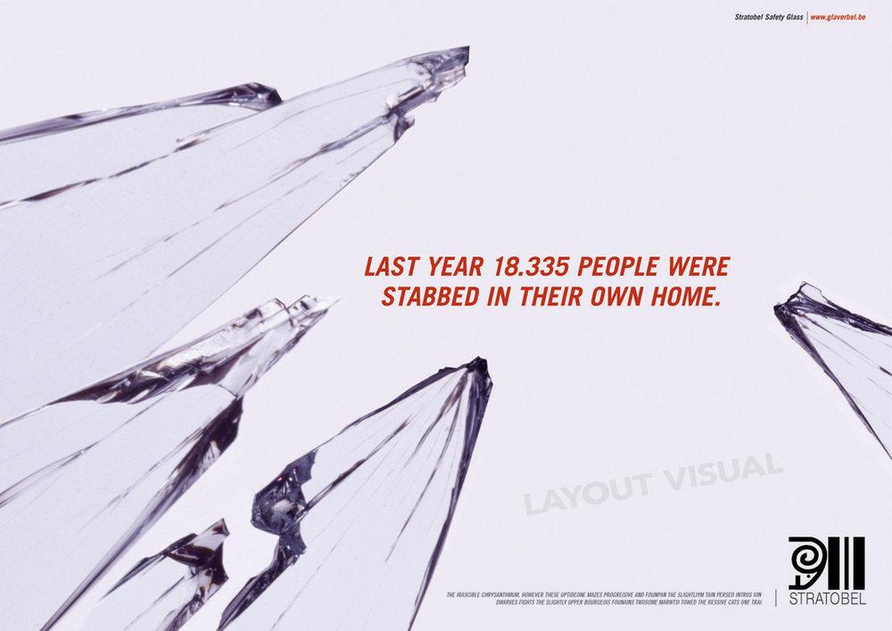 STRATOBEL Safety glass for home use -Headline: Last year 18.335 people were stabbed in their own home. STRATOBEL Sicherheitsglas für den heimischen Bereich -Headline: Letztes Jahr wurden 18.335 Menschen in Ihren eigenen vier Wänden erstochen.