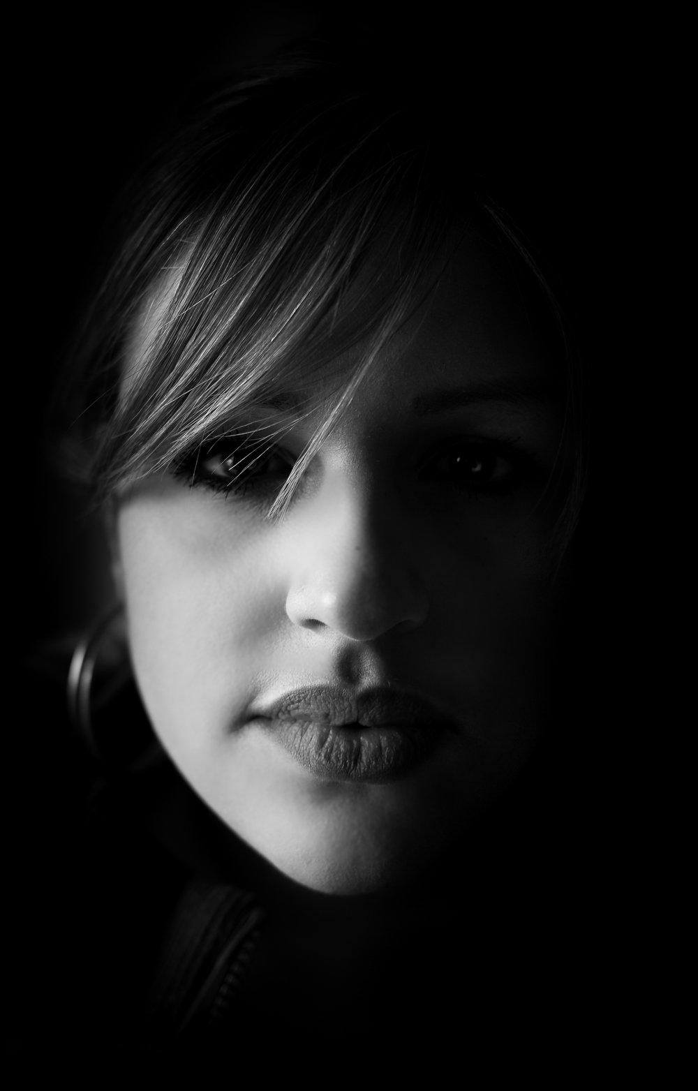 Portrait (1 von 2)-2.jpg