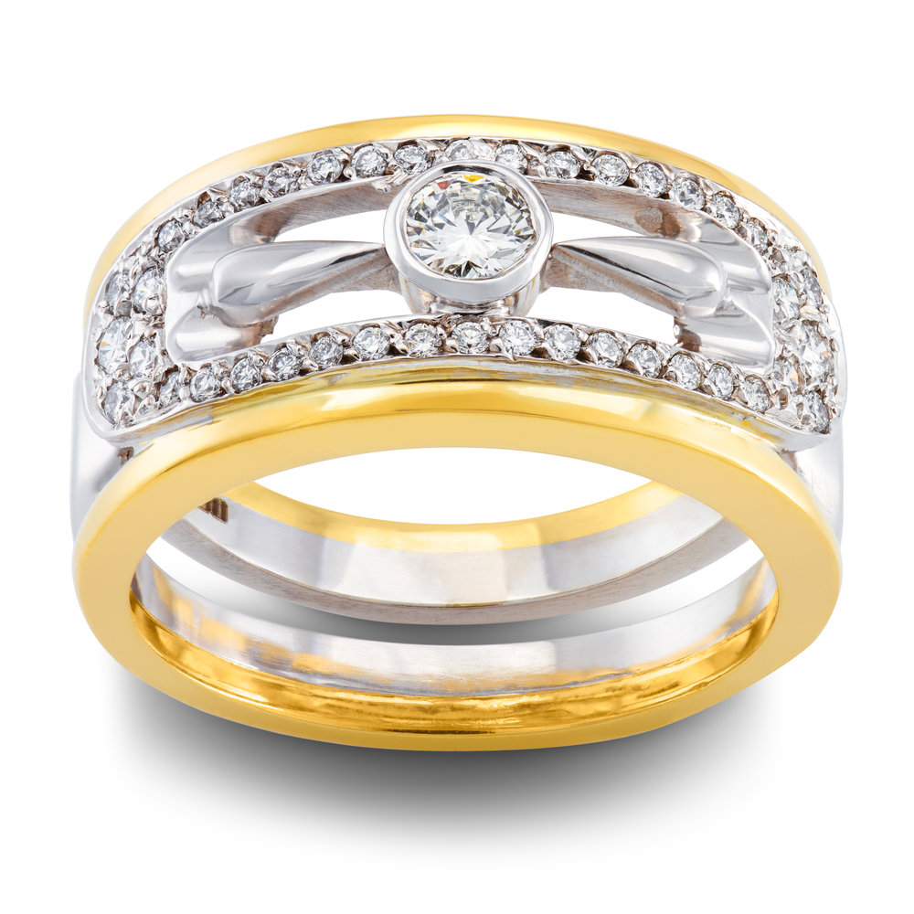 18ct white and yellow gold dress ring set with forty-one round brilliant cut diamonds - £4,337