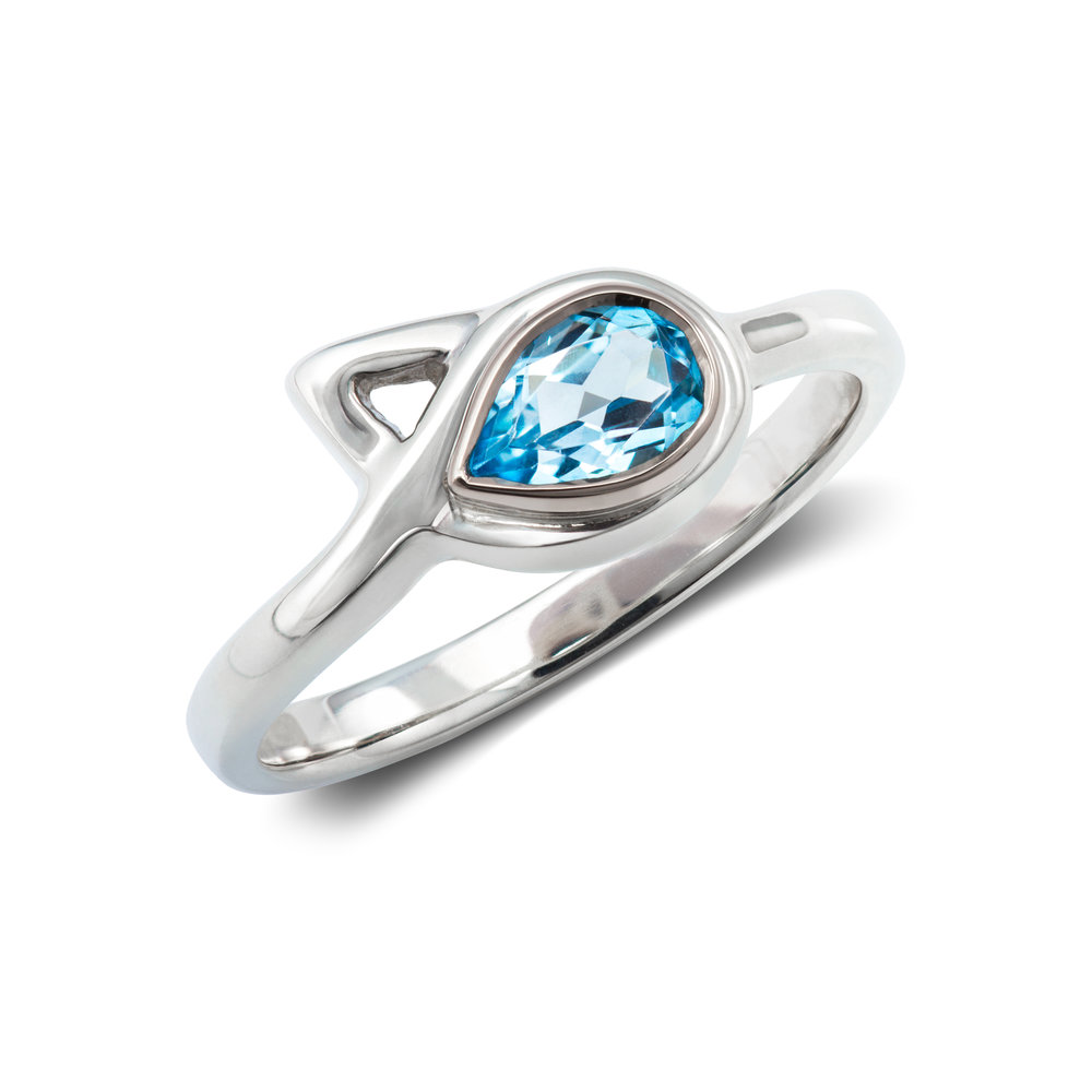 Silver ring set with one spinel in an 18ct white gold setting - £386