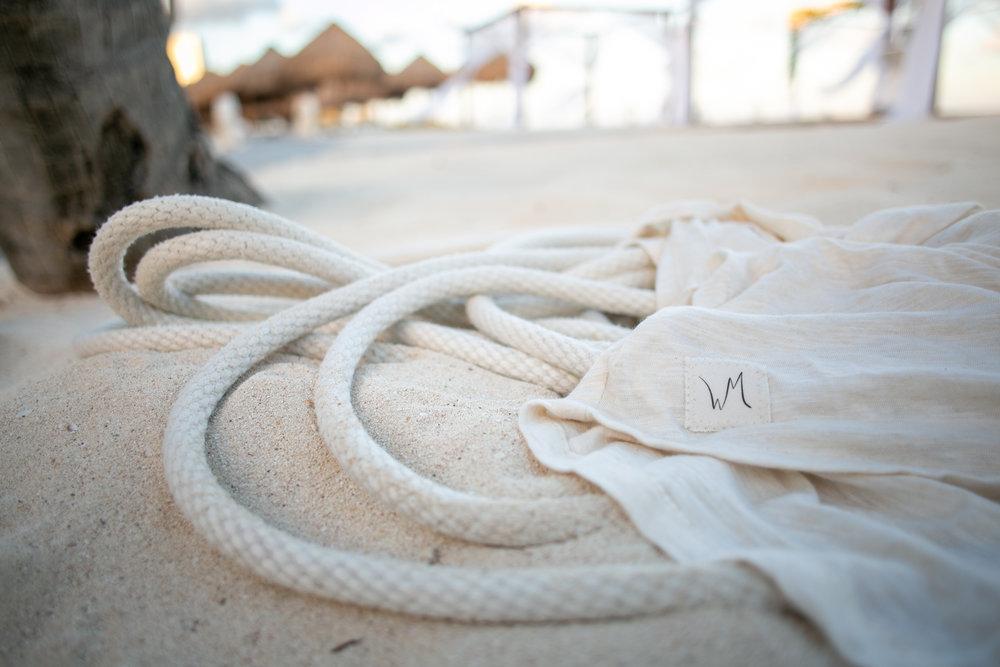 Wild Mantle  on the beach.
