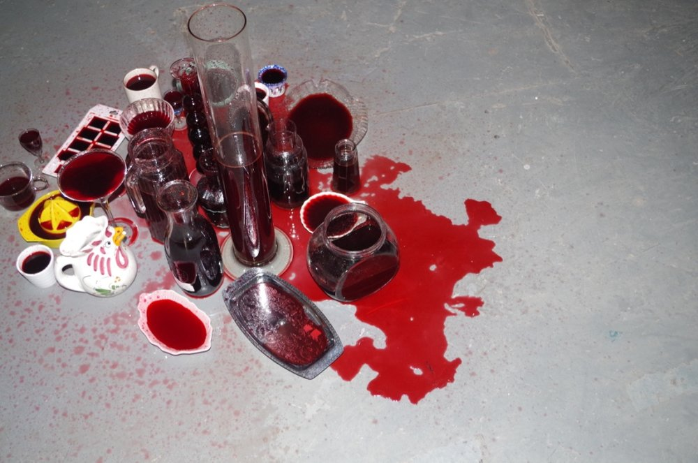 Water Torture , 2016, installation,personal and second-hand glassware and crockery, dripping theatrical blood