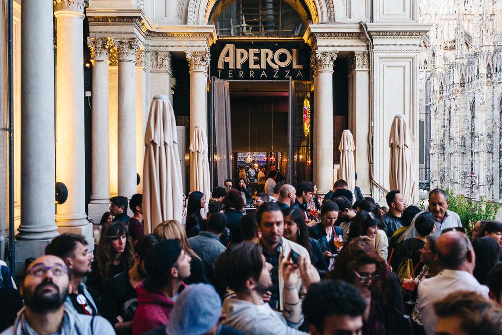 L\'Aura live showcase @ Terrazza Aperol, Milan, September 20, 2017 ...