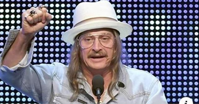 I can't tell if this is Kid Rock or Dr. Phil dressed up as Kid Rock.