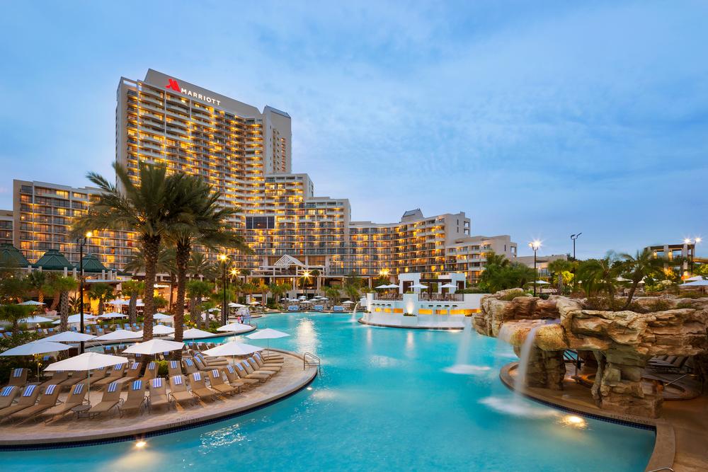 Orlando-World-Center-Marriott-dusk-pool-from-rocks-#-21823.png