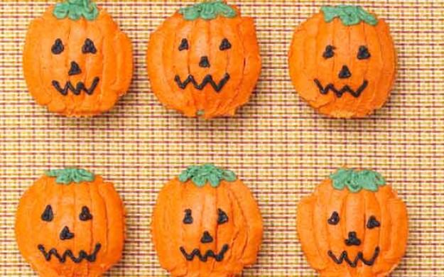 Halloween Pumpkin Cupcakes -