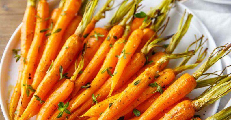 Garlic Roasted Carrots -