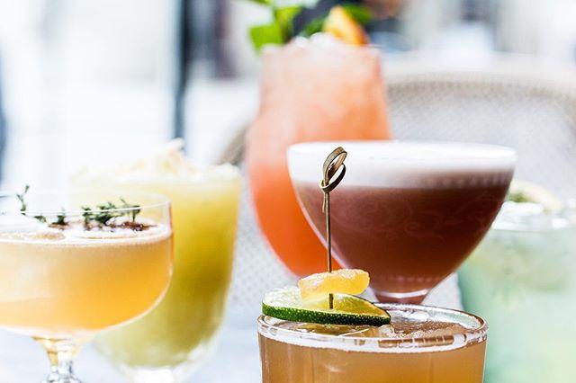 That's what we like.⠀ .⠀ .⠀ .⠀ .⠀ #lovethedarts #dartsofinstagram #instadarts #welovedarts #bar #180darts #nightlife #flightclubdarts #chicago #rivernorth #photography #videography #socialdarts  #fun #instagood #picoftheday #weekend #instalike #instamood #bestoftheday #friends #bffs #drinks #cheers