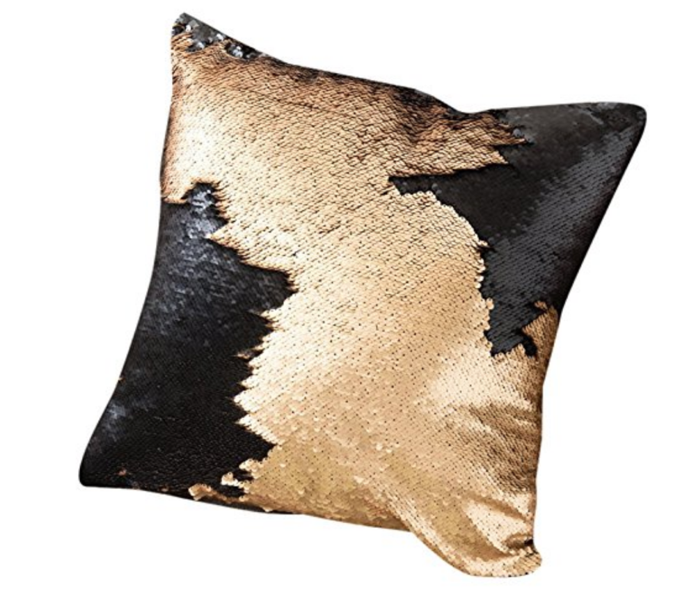 BLACK -GOLD SEQUINS PILLOW.png