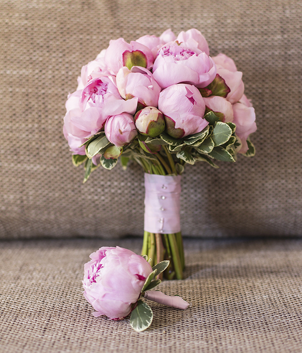 bouquet-of-peonies.jpg