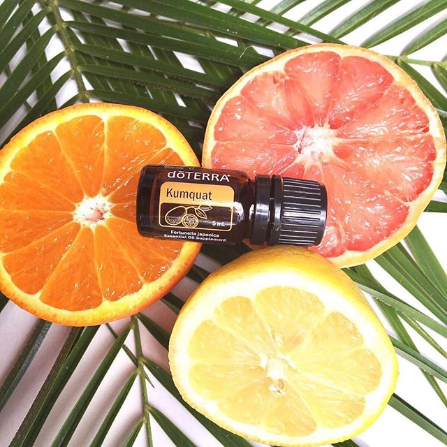 Snagged me a couple of these 🍊🍊🍊 this morning! Gah! I cannot wait to smell this deliciousness. Here's to Tuesdays and Internet madness trying to order citrus oils 🤗