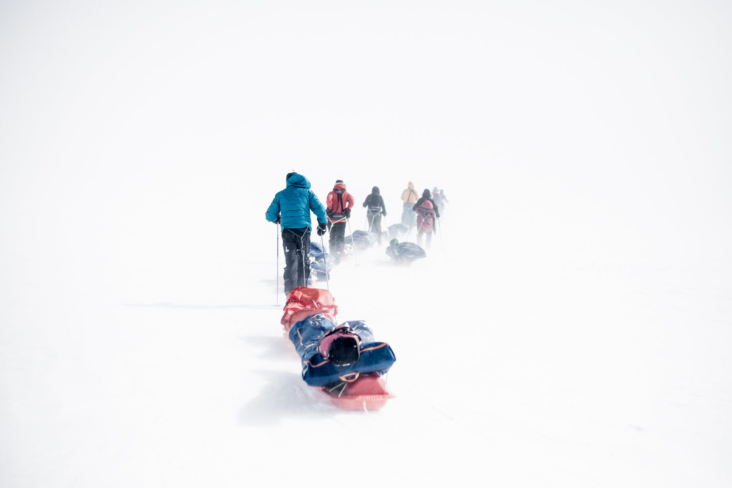 Crossing Greenland With Skis and Sleds - 600km Of Arctic