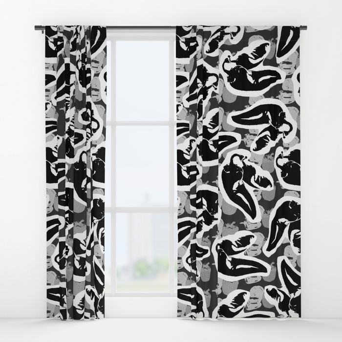 hot-toss-large-curtains.jpg