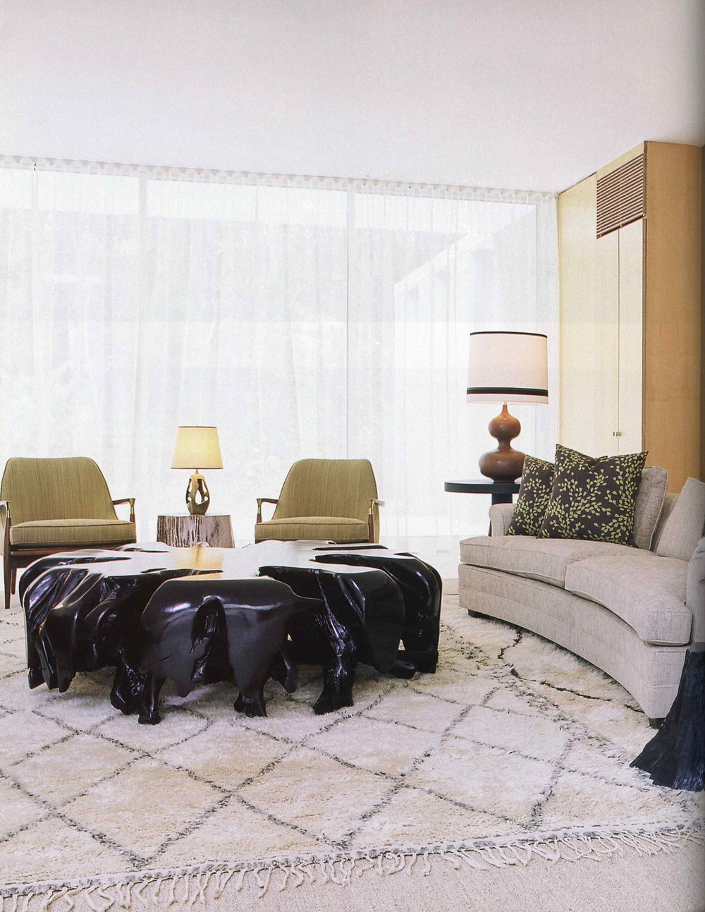 Met Home_Nov 08_Hamptons House_Full Article_Page_04.jpg