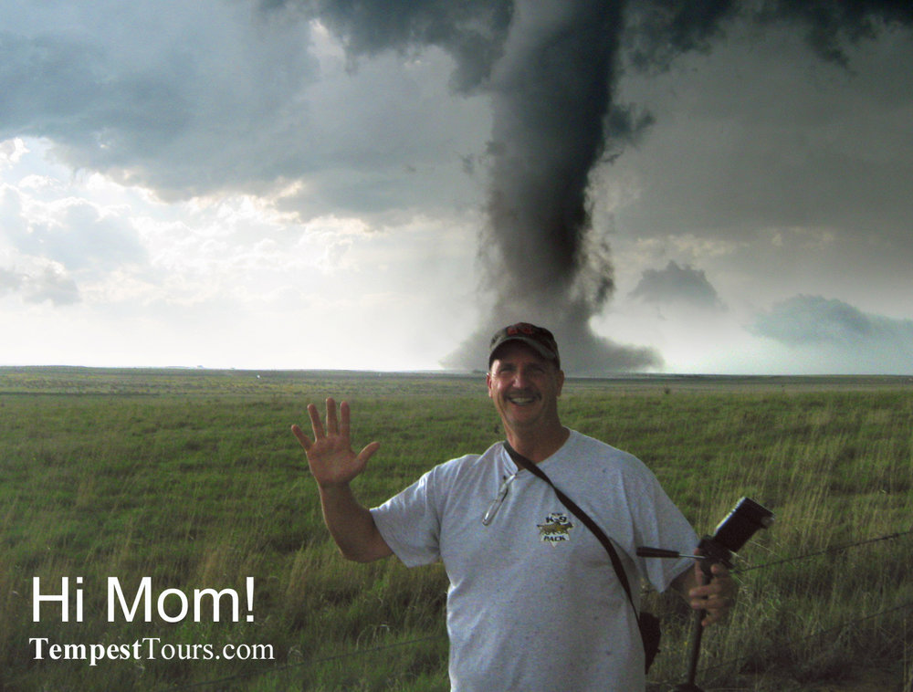 Tempest-Tours-Storm-Chasng-Expeditions-Hi-Mom.jpg