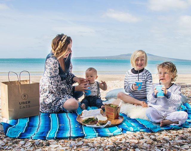 When you're at the beach, suddenly everyone is hungry, and no one is ready to leave quite yet. And then you find out the @ubereats_nz delivers right to the beach and solves everything. Ten minutes later, we were having the best beach picnic ever, and everyone was happy...all with the press of a button. #ubereatsnz #ubereats #ad (See more in my stories!) _____________________________ If you know me you know how much I love being out adventuring with the boys every day so on a day that I forget snacks, am due for a grocery run and can't pack a lunch, or we end up staying out later than planned, this is honestly a real lifesaver...especially when it comes to finding healthy,convenient food!