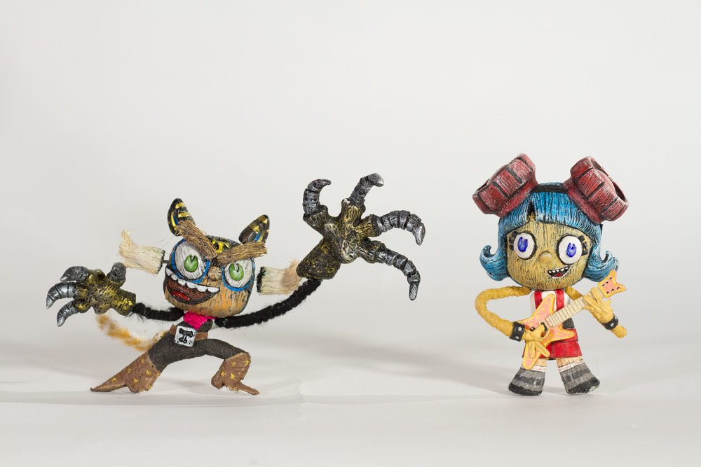 El Tigre & Frida ready to kick Sartana's butt!