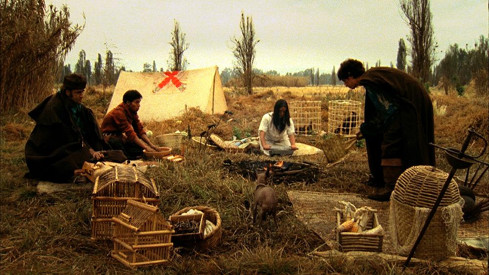 Fray Bernardino y su tropa acampando.