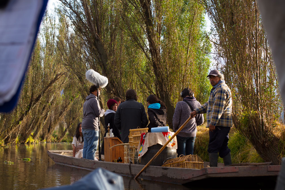 The crew sailing in Xochimilco.