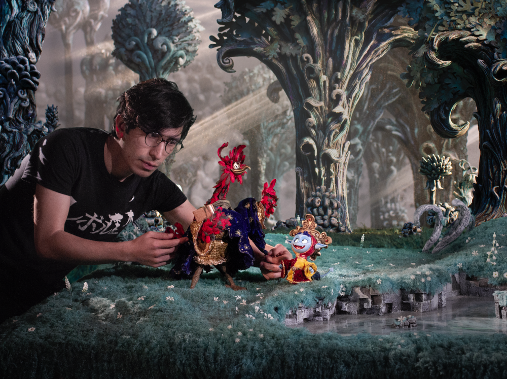 ¡Estamos trabajando sin descanso para crear magia cinematográfica!