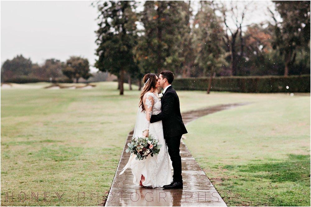 los-angeles-winter-rainy-country-club-wedding34.jpg